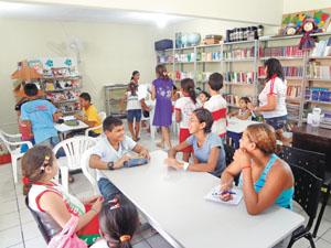 Sala de leitura no Município de Crateús, na localidade de Jardim (Foto: Silvania Claudino)
