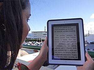 Nuvem de Livros tem navegação fácil (Foto: Luna Markman/G1)