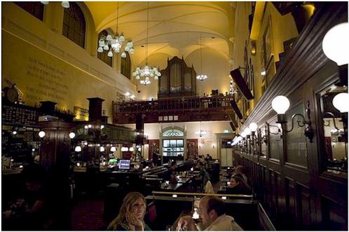 Café Olivier, em Utrecht (Foto: Reprodução)