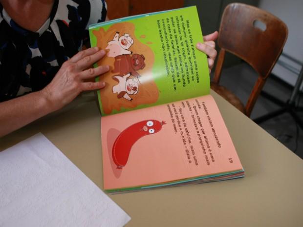 Usuários do espaço também podem fazer empréstimo de livros (Foto: Prefeitura de Uberlândia/Divulgação)
