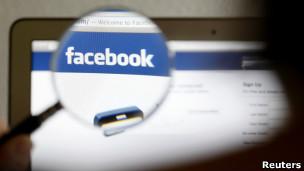 Corrente adverte contra intenções da rede social de negociar dados dos usuários com outras empresas (Foto: Reuters)