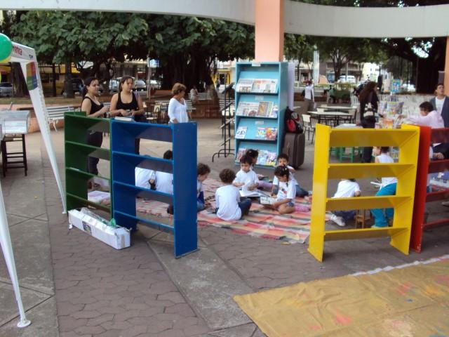NOTA 1.4 - Biblioteca na Praça (Small)