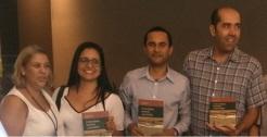 A partir da esquerda, Andrea Moreno, Diná Marques,Wellington Marçal e Adalson Nascimento (Foto: Divulgação/UFMG)