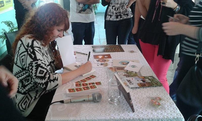 Biblioteca recebe autores de histórias em quadrinhos (Foto: Divulgação)