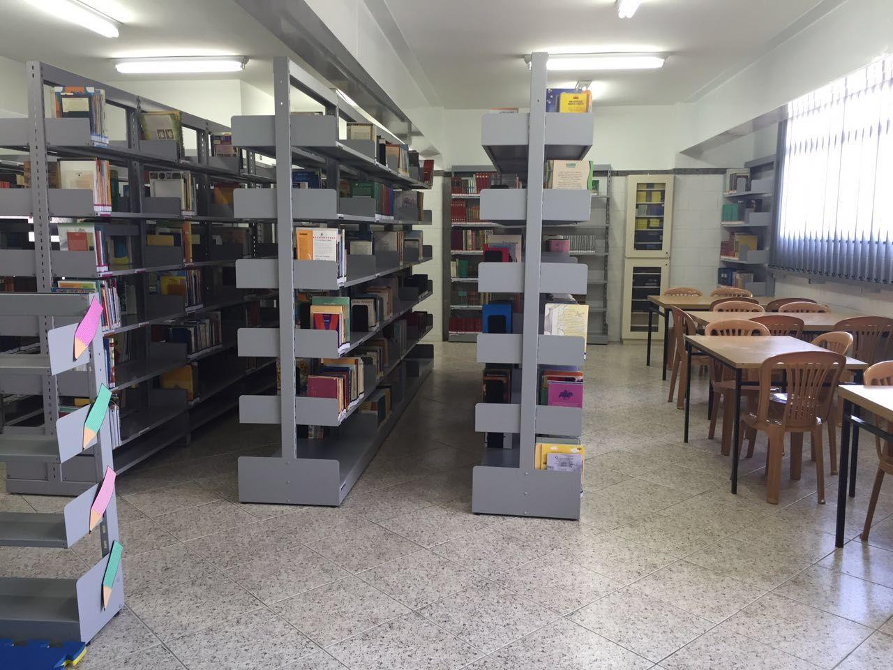 Espaço de leitura da nova biblioteca (Foto: Divulgação)
