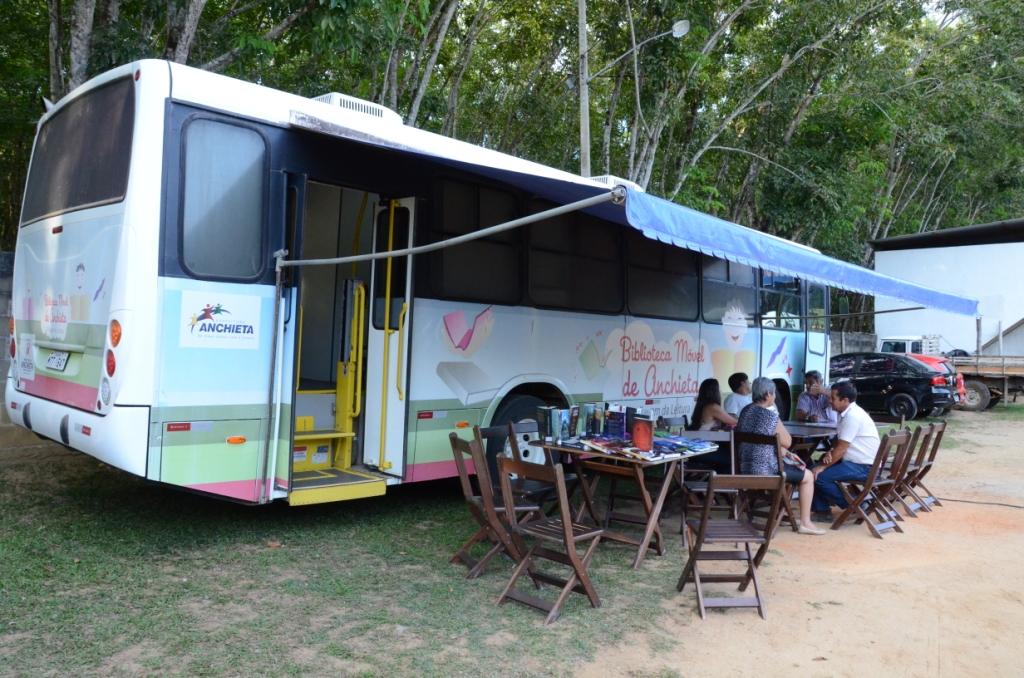 Ônibus circula por todas as comunidades da cidade (Foto: Divulgação)