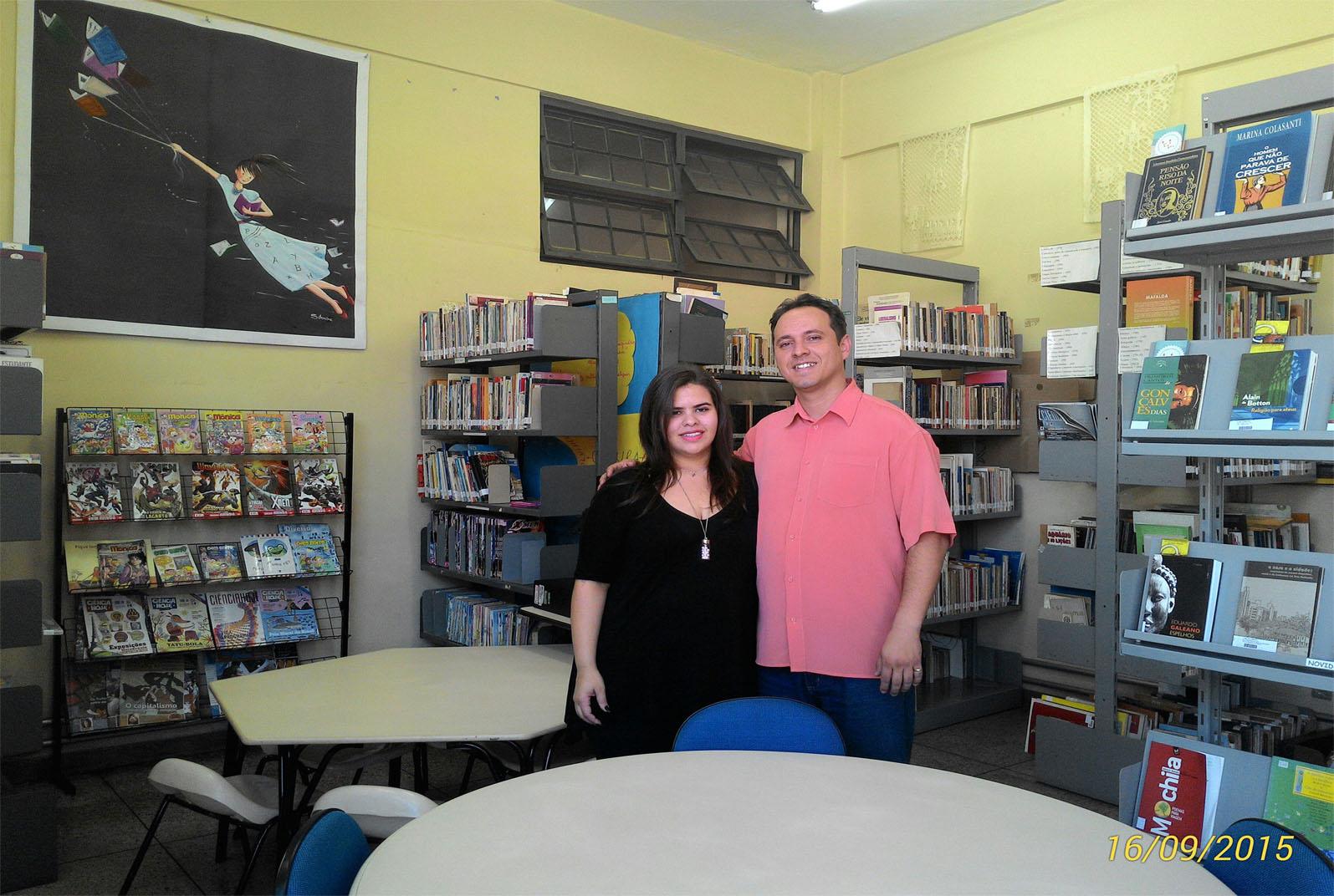Equipe da biblioteca realiza atividades de incentivo à leitura (Foto: Divulgação)
