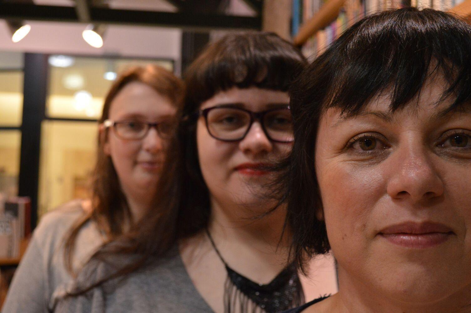 Criadoras do clube de leitura de escritoras (esq-dir): Juliana Leuenroth, Michelle Henriques e Juliana Gomes (Foto: Reprodução)