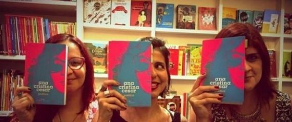 Leitoras participam de clube da leitura no Rio de Janeiro (Foto: Reprodução/Instagram)