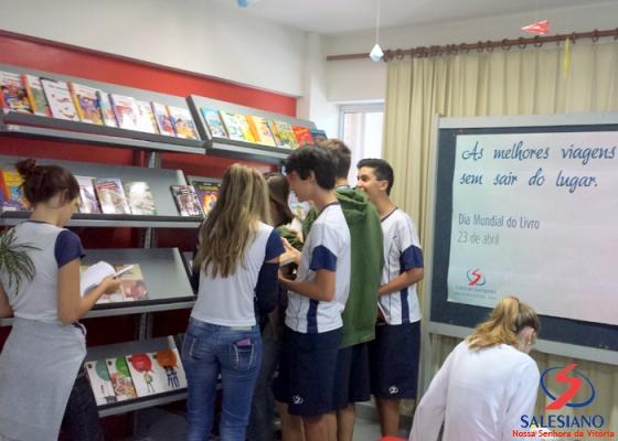 A Biblioteca da Rede Salesiana de Vitória é o local apropriado para quem quer se dedicar à leitura e aos estudos (Foto: Divulgação)