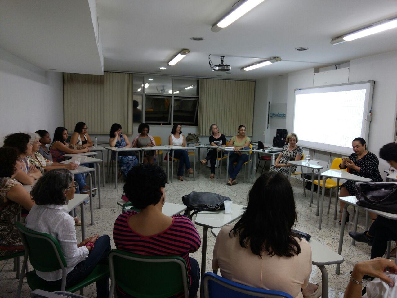 Documento sobre biblioteca escolar é apresentado em BH (Foto: Fabiana Senna)