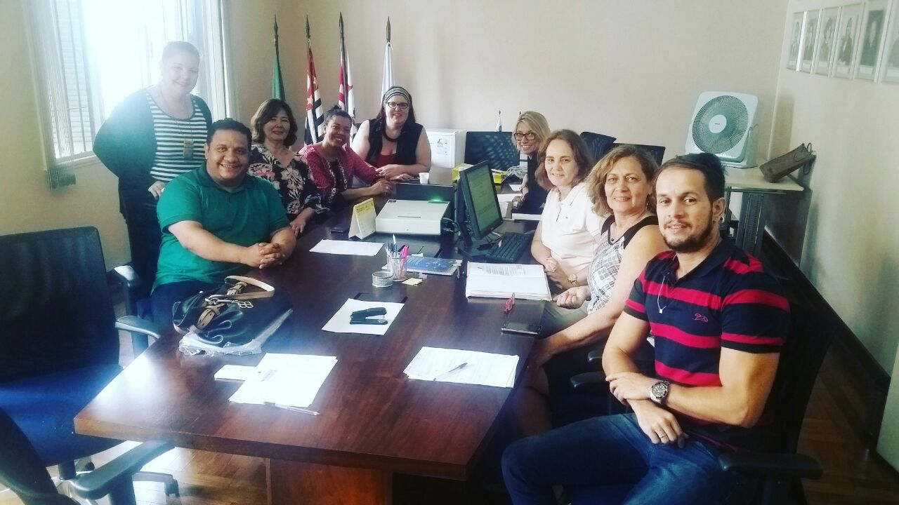 Bibliotecários fiscais dos conselhos regionais participaram de treinamento do CFB (Foto: Divulgação)