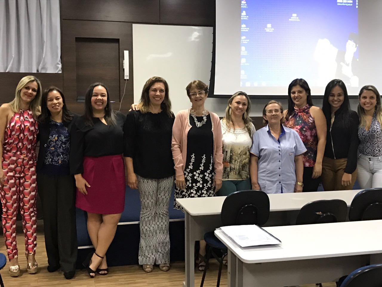 Conselheiras do CRB-6 e especialistas da Praxis Softwares Gerenciais ministram palestra no UNIFOR-MG, em Formiga