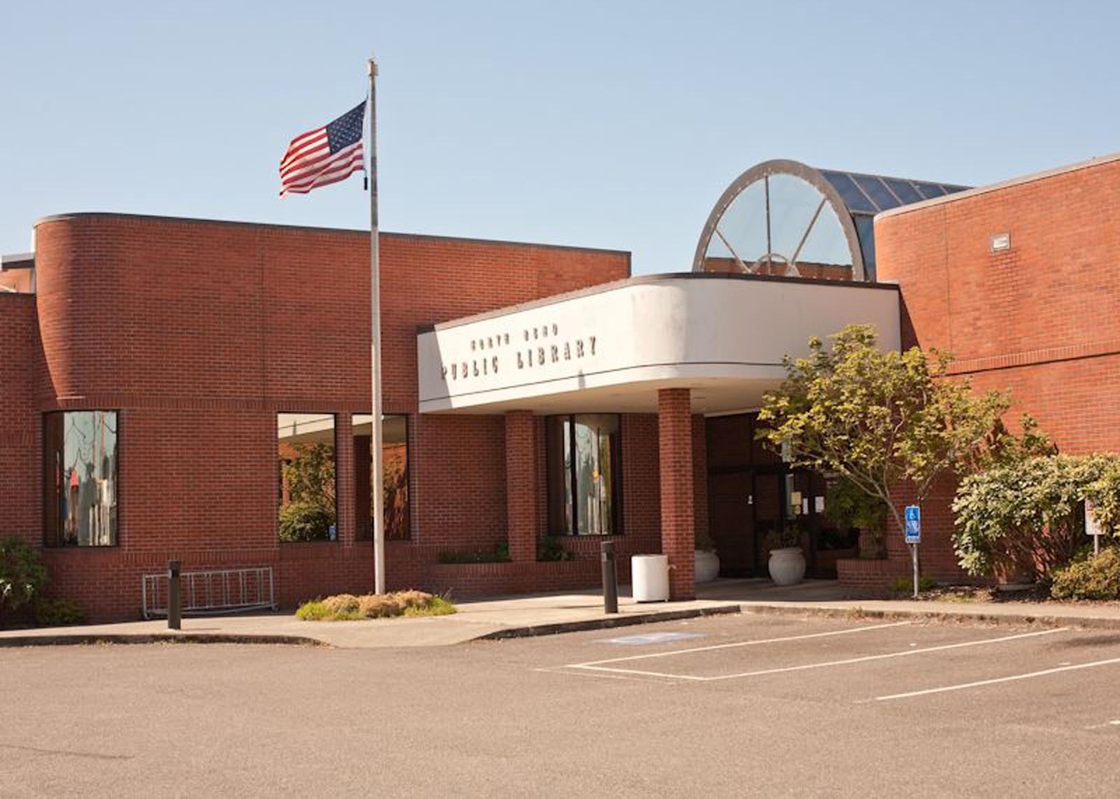 Fachada da biblioteca de North Bend, no Oregon (Foto: North Bend Public Library/Facebook)