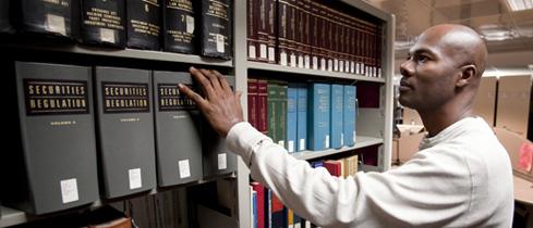 Jornada de Relatos e Debates da Prática Bibliotecária (Foto: Reprodução/Brooklyn Law School)