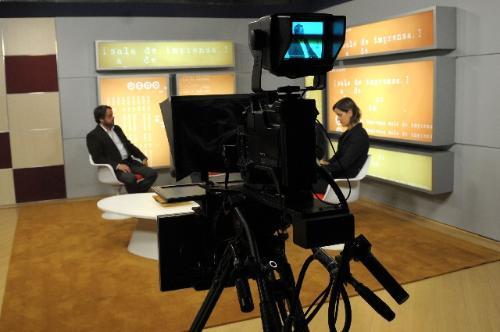 Convidados vão tratar da importância da apuração para a divulgação de notícias (Foto: Raíla Melo/Arquivo ALMG)