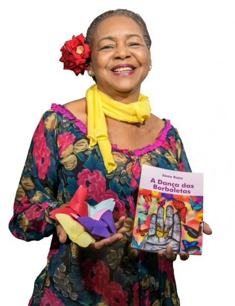 """Sonia Rojas participará de bate-papo com o público e fará declamação de poemas do livro """"A Dança das Borboletas"""" (Foto: Divulgação/Semc)"""