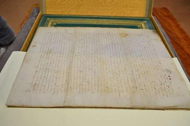 Testamento registra as disposições finais de um dos primeiros capitães donatários do Brasil (Foto: Carla Pedrosa)